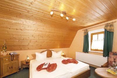 Doppelzimmer 205