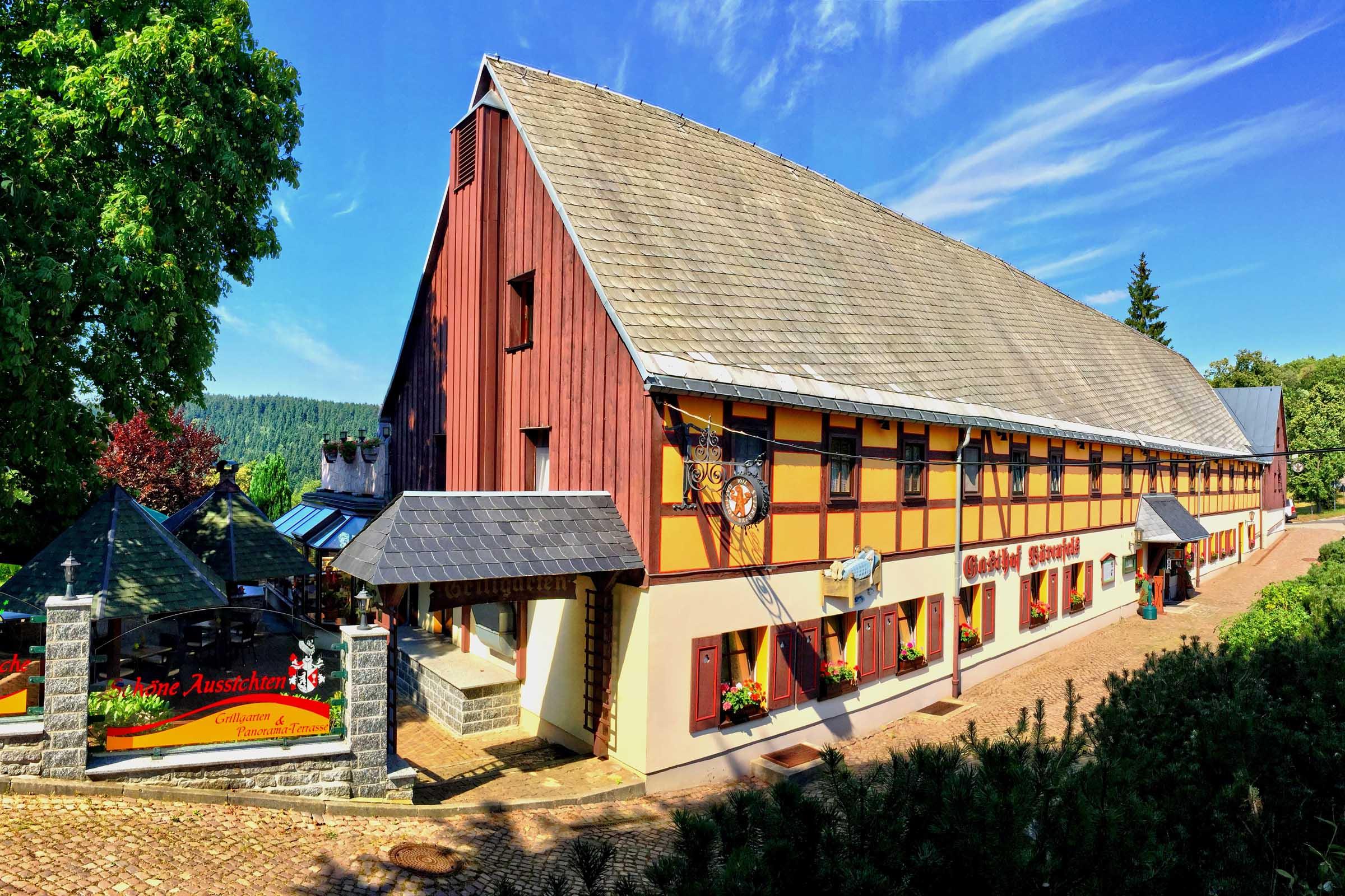 Gasthof Bärenfels im Sommer