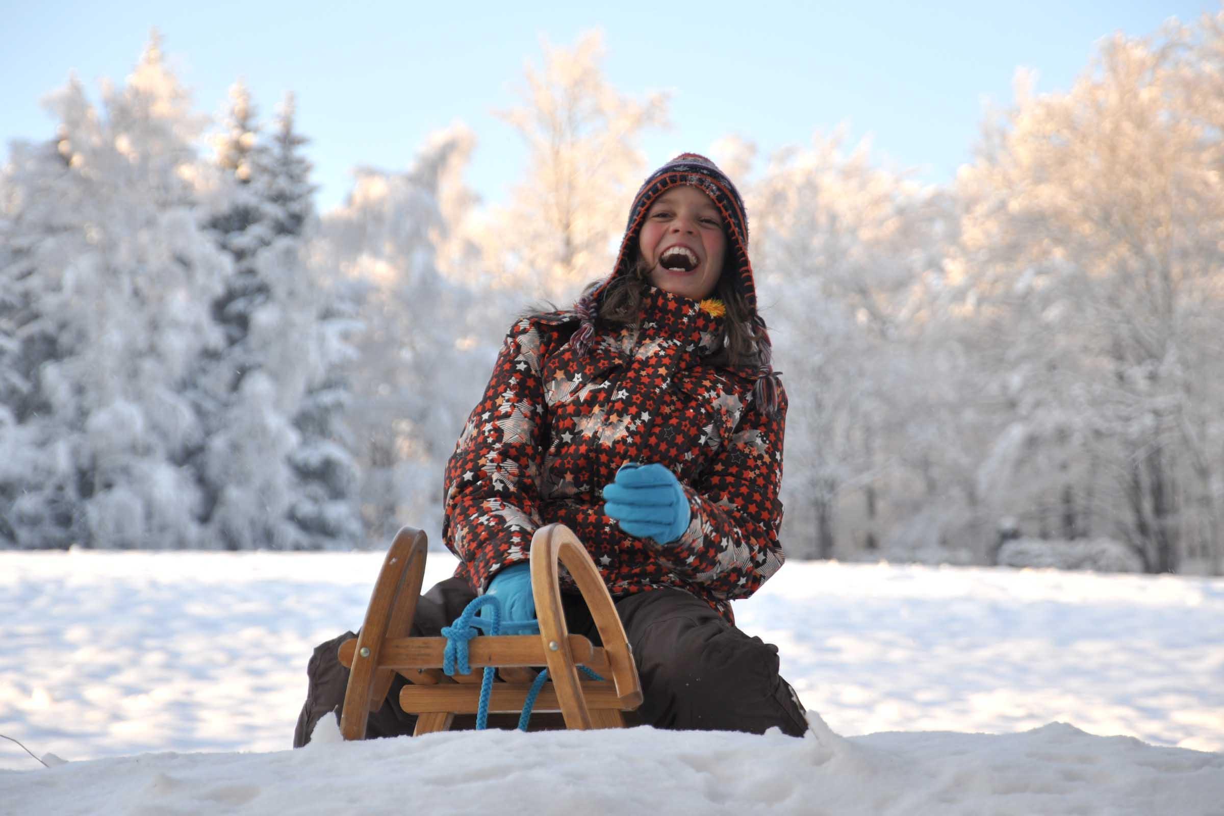 Winterspaß Schlittenfahren